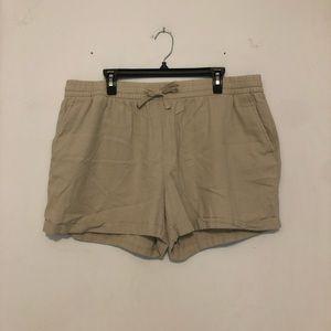 Old Navy Beige Cotton Shorts Size XL